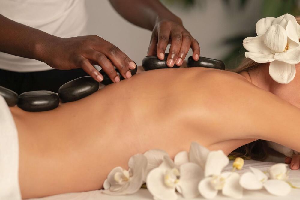 Co powinniśmy wiedzieć o masażu leczniczym kręgosłupa?